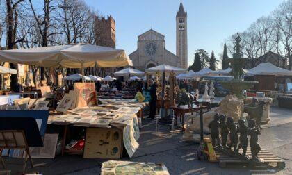 """Sapore d'estate a Verona Antiquaria: il mercato dell'antiquariato e """"La Spiaggetta"""" animano San Zeno"""