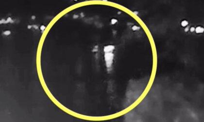 Incidente sul Garda: c'è il video del momento della tragedia. Chi era davvero alla guida?
