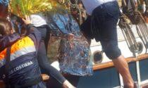 Windsurfista alla deriva sul Lago di Garda e a rischio ipotermia