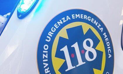 Schianto all'incrocio a Verona: motociclista gravissimo