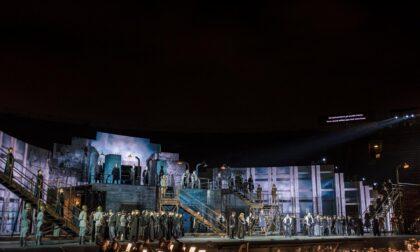 Ultimo Nabucco storico, epico, intenso all'Arena di Verona Opera Festival
