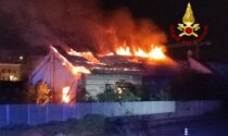 Incendio a Verona: in fiamme l'ex deposito ferroviario di Porta Vescovo