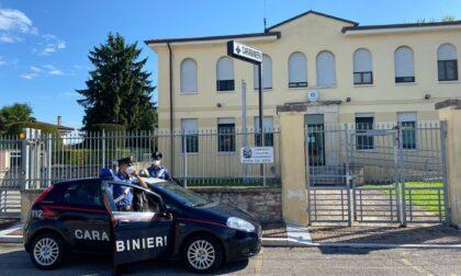 Tragedia sfiorata: durante la lite accoltella il fratello al petto, lui avverte i Carabinieri appena in tempo