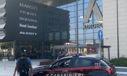Ruba vestiti da Adigeo, arrestato pregiudicato marocchino