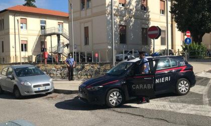 Si aggira con arnesi da scasso fra le bici in sosta all'Ospedale di Borgo Trento: 56enne nei guai