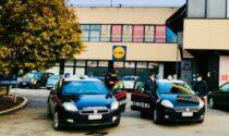 Ruba un monopattino dal supermercato: inseguito dagli addetti alla vigilanza e dai Carabinieri