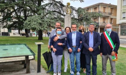 Inaugurata targa in onore di Luigino Massagrandi, storico presidente Pro Loco Bovolone