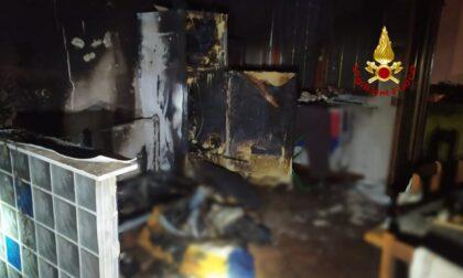 Incendio ad Albaredo d'Adige: le fiamme dal frigo si estendono in tutta la cucina