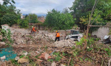 Nuove demolizioni di edifici abusivi al Bastione San Francesco, prosegue il recupero dell'area